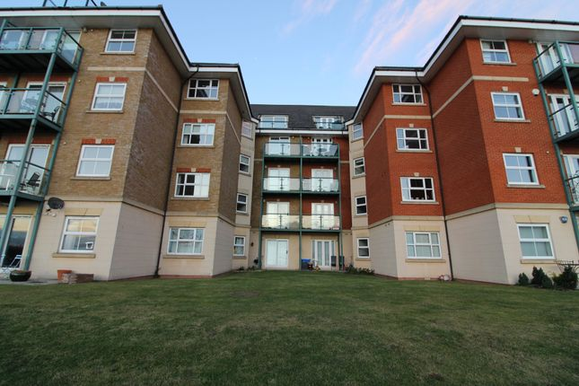 Thumbnail Flat for sale in Harrisons Wharf, Purfleet