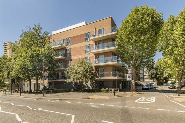 Thumbnail Flat to rent in Rosemont Road, London