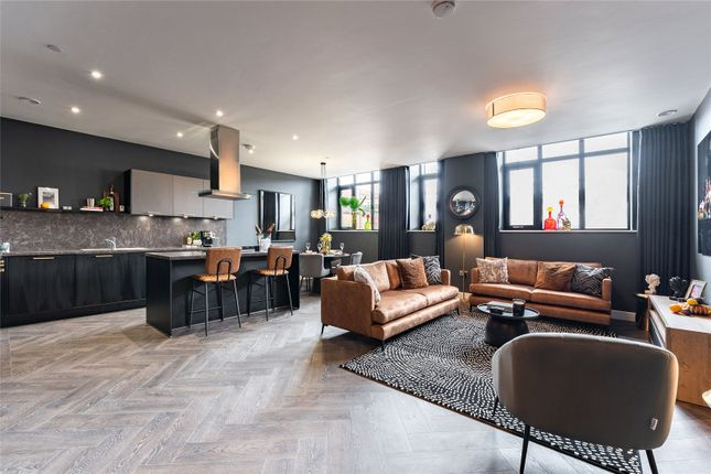 3 bed flat for sale in Priory House Lofts, Gooch Street North, Birmingham B5