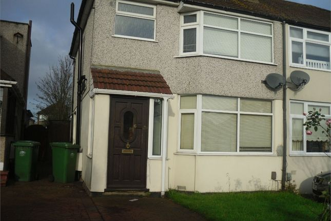 Thumbnail Detached house to rent in Wendover Way, Welling, Kent