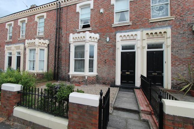 Thumbnail Flat for sale in Azalea Terrace North, Sunderland