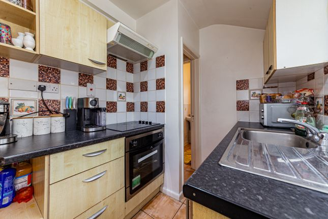 Kitchen 2 of Waldeck Street, Reading, Berkshire RG1