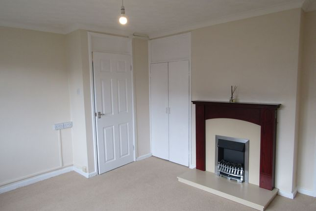 Thumbnail Flat to rent in Heol Nant, Cwmdare