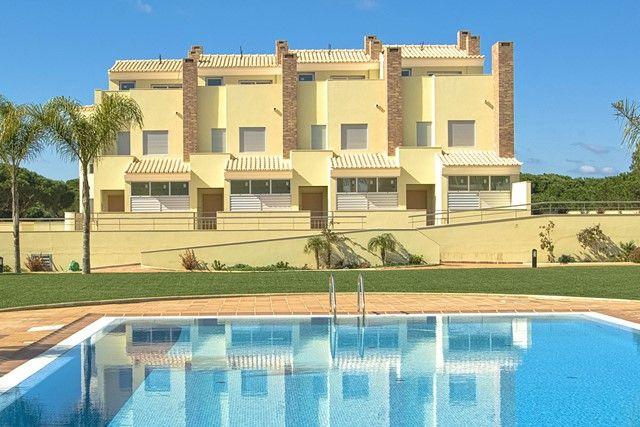 3 bed villa for sale in Portugal, Algarve, Vilamoura