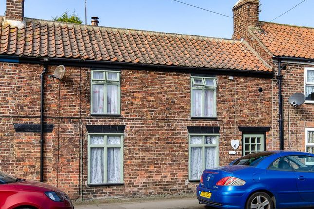 Cottage for sale in Coltman Row, Roos, Hull