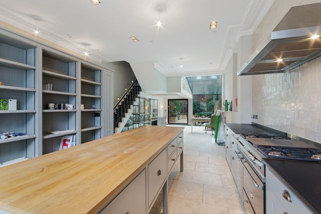 Thumbnail Terraced house to rent in Chepstow Place, London