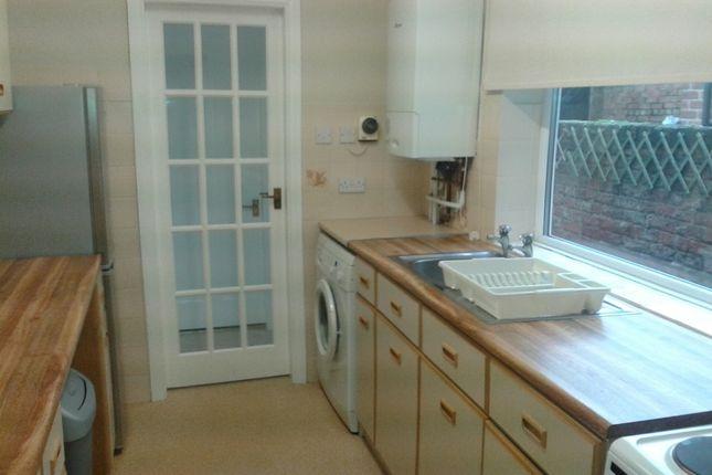 Kitchen of Sutherland Street, South Bank, York YO23