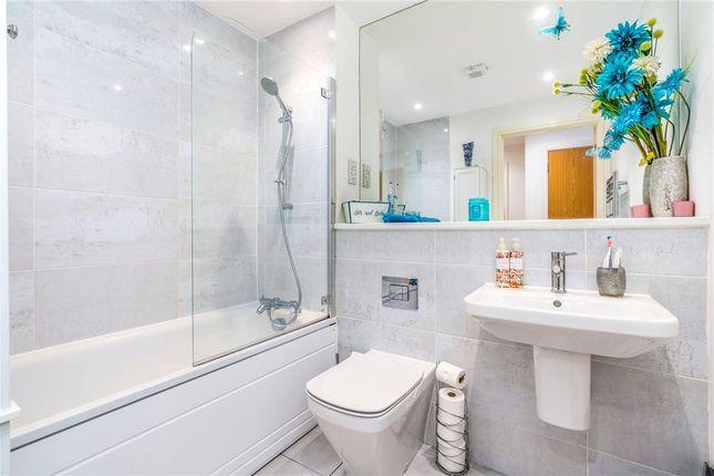 Bathroom of Ashcombe House, Meridian Way, Southampton SO14