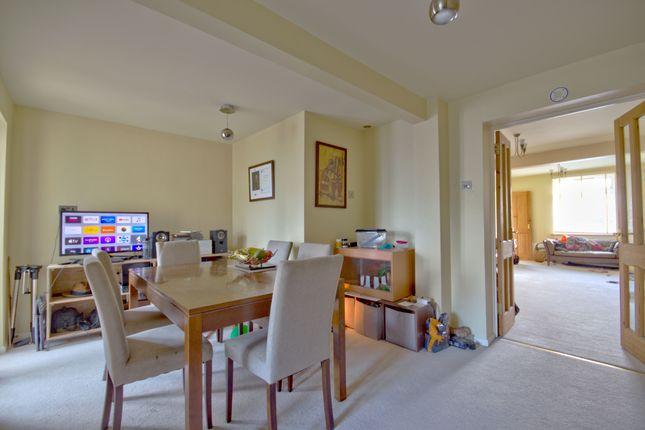Dining Room of Kendal Way, Cambridge CB4