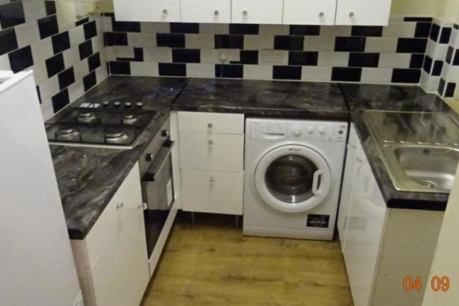 Thumbnail Terraced house to rent in Glenroy St, Roath, Cardiff