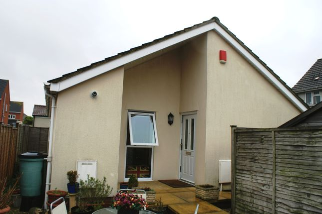 Thumbnail Bungalow to rent in Sycamore Close, Weston Super Mare