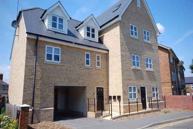 Thumbnail Maisonette for sale in Baker Street, Chelmsford, Essex