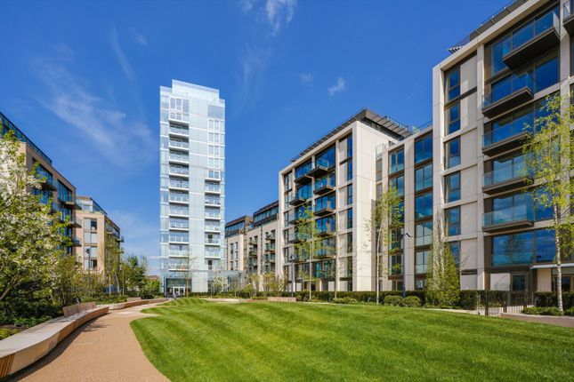 Thumbnail Flat for sale in Lillie Square, Seagrave Road, Earl's Court, London