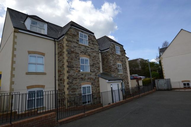 Thumbnail Flat to rent in Rogers Drive, Saltash, Cornwall