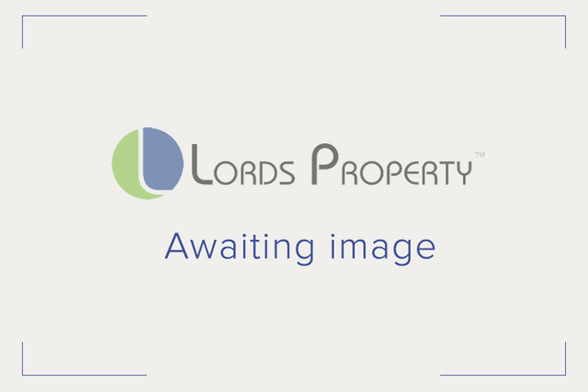 Retail premises for sale in Clarendon Parade, Turners Hill, Cheshunt, Waltham Cross