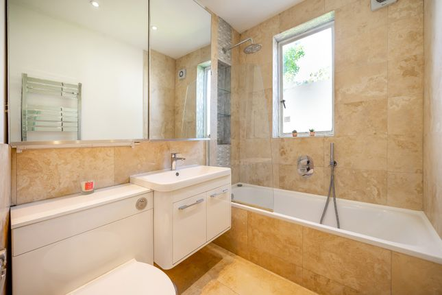 Guest Bathroom of Royal College Street, Camden, London NW1