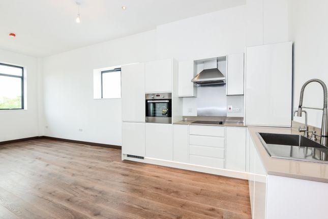 Flat to rent in Denham Film Studios, Denham