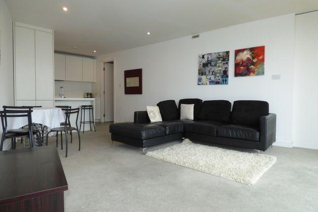 Thumbnail Flat to rent in The Rotunda, 150 New Street, Birmingham