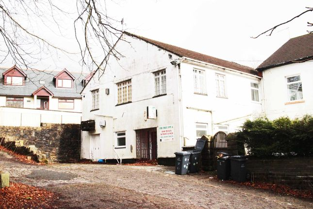 Thumbnail Pub/bar for sale in Poplar Road, Tredegar