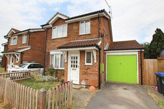 Thumbnail Property to rent in Swallows Green Drive, Worthing