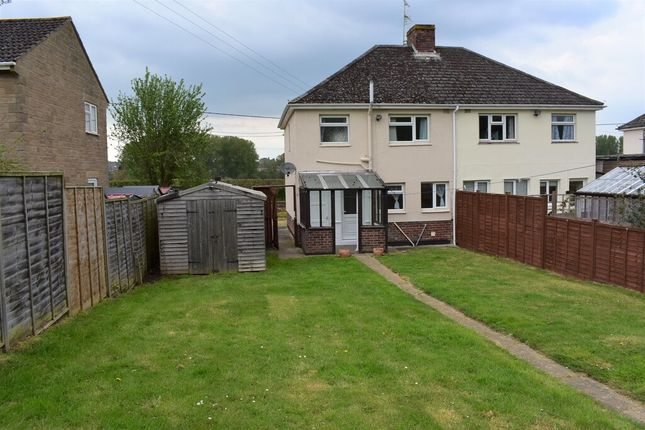 Thumbnail Semi-detached house to rent in Compton Road, Yeovil