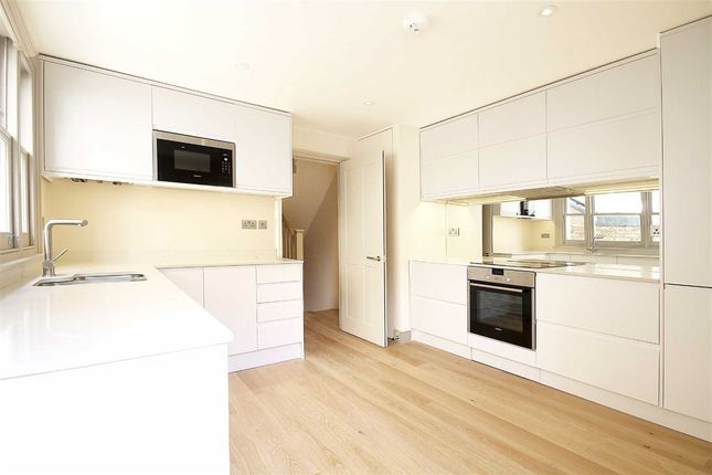 Thumbnail Flat to rent in St. Maur Road, London