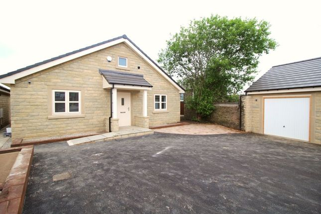 Thumbnail Bungalow for sale in Broomfield Road, Stocksbridge, Sheffield