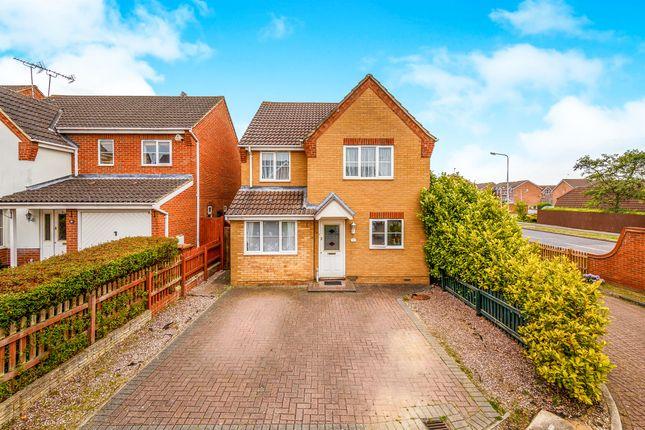 Thumbnail Detached house for sale in Sparrow Drive, Stevenage