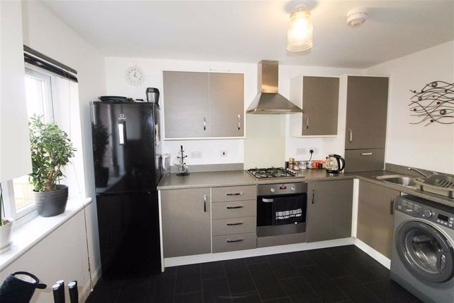 Thumbnail Property for sale in Clarence Crescent, Clydebank