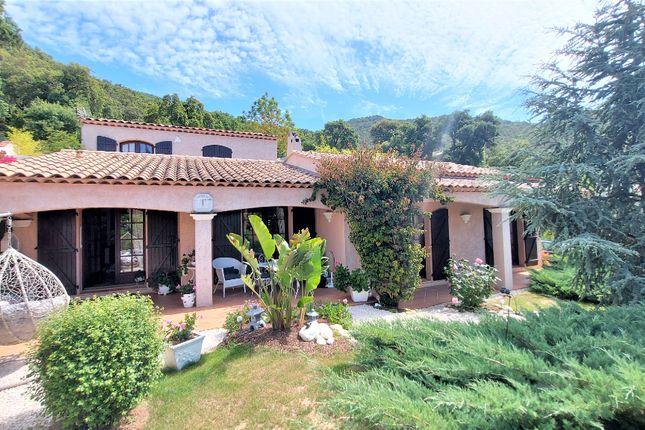 Thumbnail Property for sale in Cavalière, Lelavandou, France.