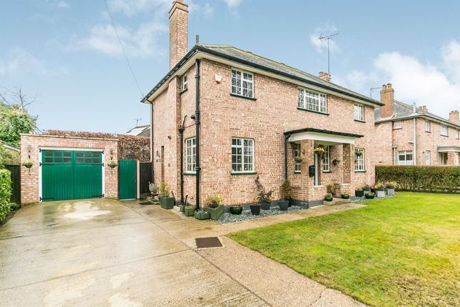 Thumbnail Detached house for sale in Francis Way, Silver End, Witham