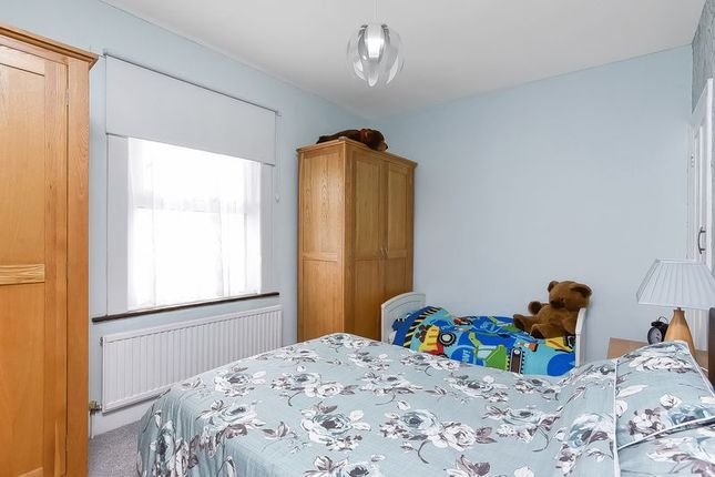 Bedroom of Cray Road, Sidcup DA14