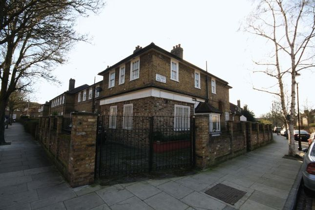 Photo 14 of Methwold Road, London W10