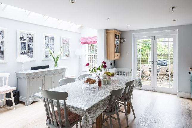 Thumbnail Town house to rent in Kelmscott Road, London