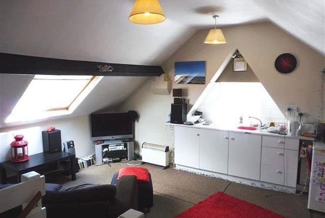 Thumbnail Studio to rent in Station Road, Kiveton Park, Sheffield
