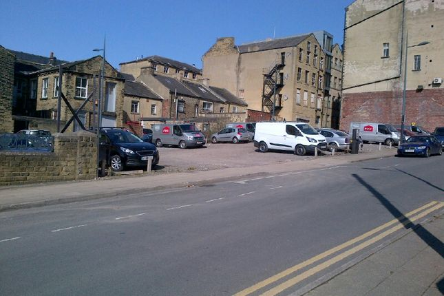 Thumbnail Land for sale in East Parade, Bradford