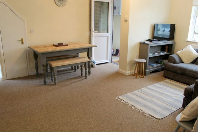2 bedroom flat to rent in Collier Road, Pevensey Bay, Pevensey