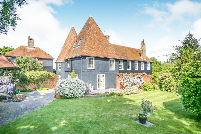Property for sale in Oast Cottages, Broom Street, Graveney