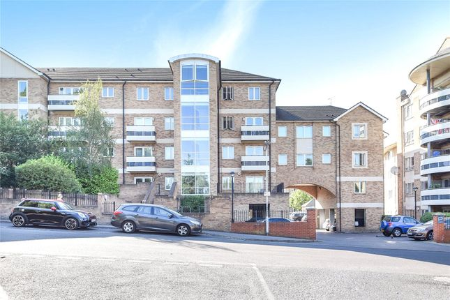Thumbnail Flat to rent in Branagh Court, Reading, Berkshire