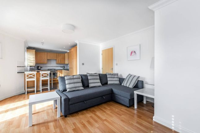 Thumbnail Flat to rent in White Lodge Close, Isleworth