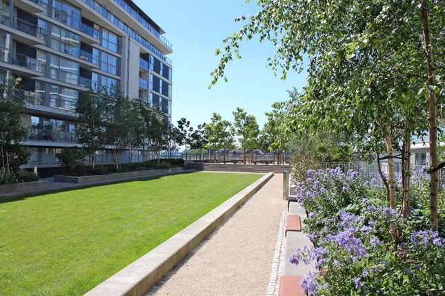 The Property of 30 River Gardens Walk, Greenwich SE10