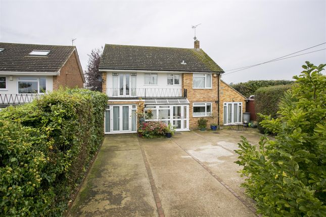 4 bed detached house for sale in Butchers Lane, Mereworth, Maidstone