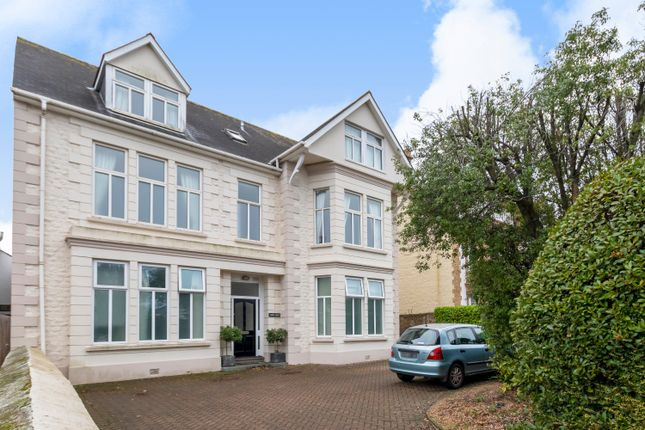 Thumbnail Flat for sale in Rohais, St Peter Port, Guernsey