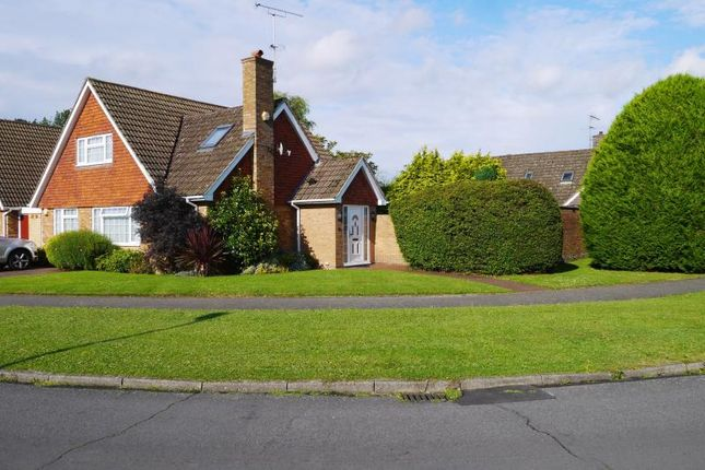 Thumbnail Detached house for sale in Brackenforde, Langley, Slough