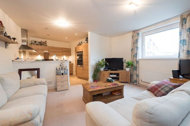 Thumbnail Flat to rent in Burnbrae Drive, East Craigs