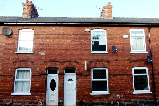 Thumbnail Terraced house to rent in Rose Street, York