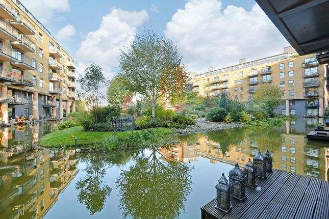 2 bed flat to rent in Providence Square, Shad Thames
