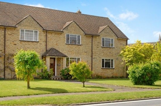 Thumbnail Flat to rent in Croughton Road, Aynho, Banbury