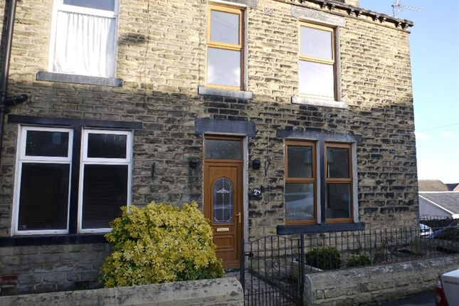Thumbnail Terraced house to rent in The Lanes, Pudsey