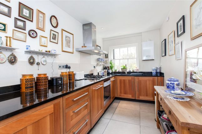 Thumbnail Flat for sale in Castle House, Old Bath Road, Newbury, Berkshire